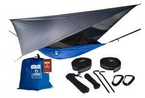 A tree tent easy to carry and set up