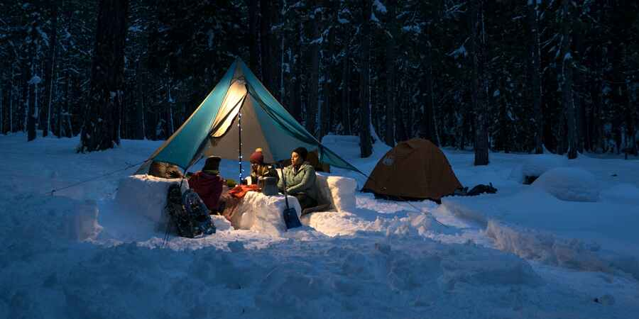 backpacking tent used for 4 men in winter