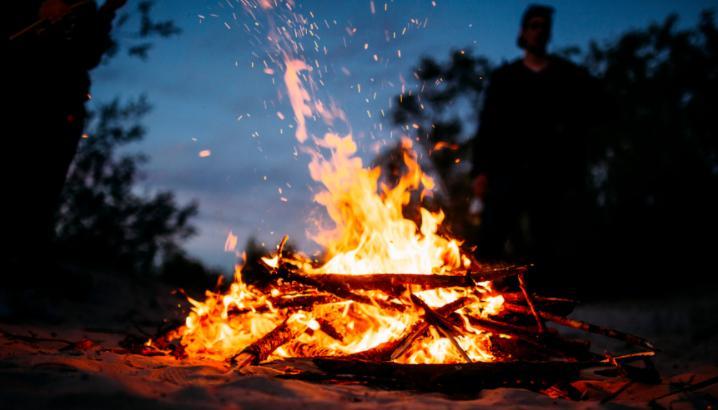 methods to make a campfire