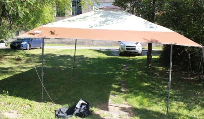 bring a pop up canopy in rainy days