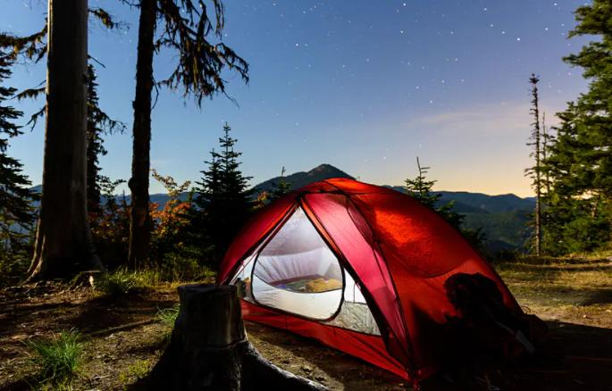 choose a campsite with attraction